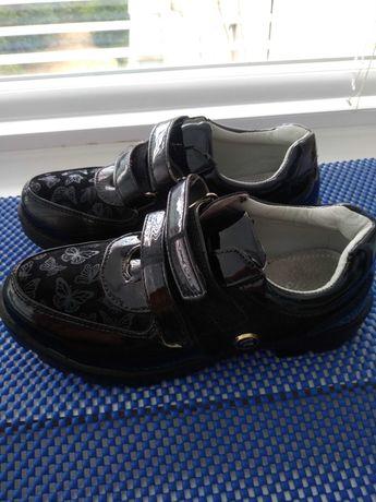 Туфли девочке р.35