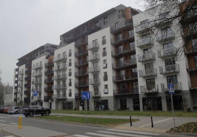 Miejsce garażowe ul Jana Kazimietza 32 poz -1