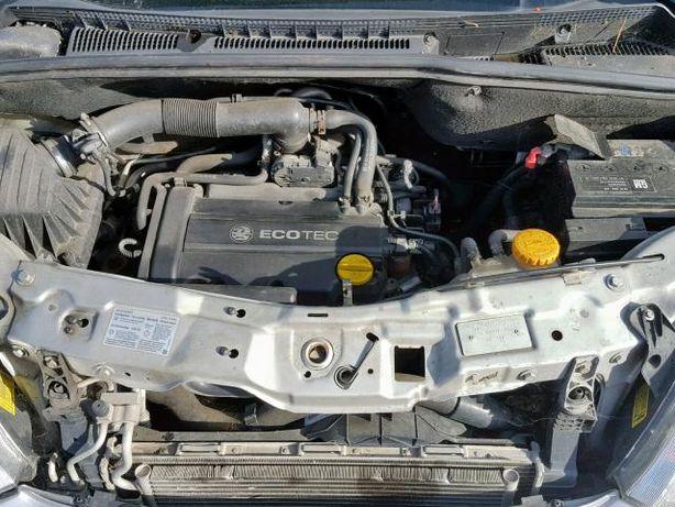 Opel Meriva pas przedni