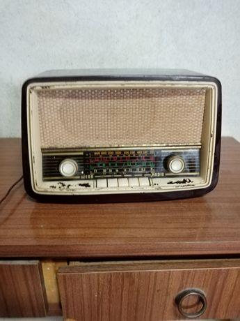 Rádio antigo wega