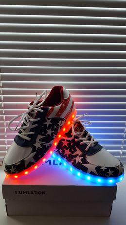Светящиеся кросовки.Новые.Стелька 25,5 см