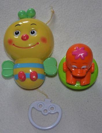 Canpol Babies Zabawka z pozytywką Pszczółka + gratis