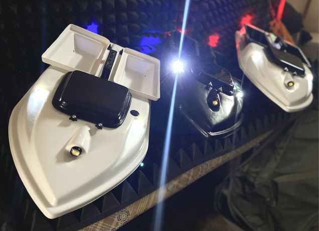 Карповый прикормочный кораблик с GPS Автопилотом (двух бункерный)