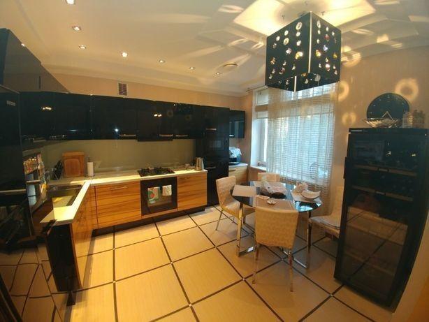 ДОМ 3-х этажный, 4-х комнатный отличный дом, в Куйбышевском р-н