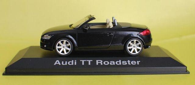 модель AUDI TT 1:43