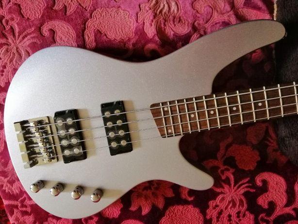 "Бас-гитара новая,не играная,2008г.""IBANEZ""SRX-300,активная,made Japan"