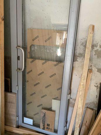 Фасадные двери (алюминий)