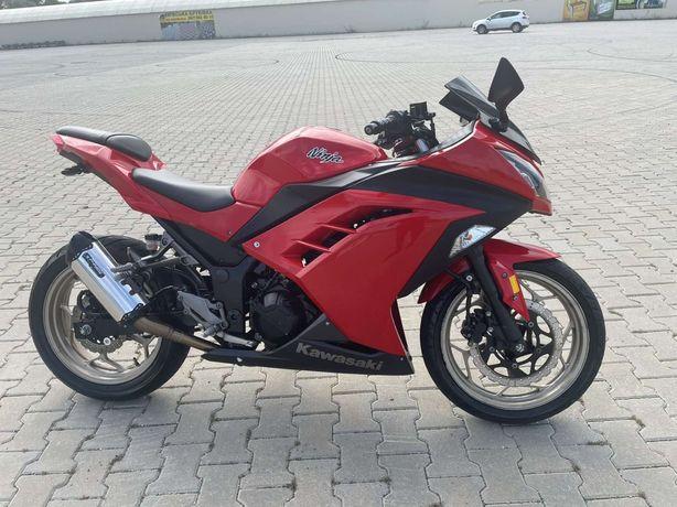 Kawasaki Ninja 300 2013рік
