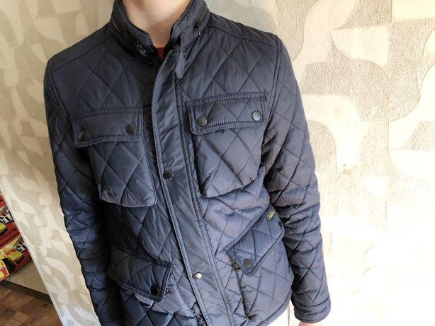 Продам куртку Zara осень-весна