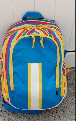 Vai para a escola com a tua mochila preferida!
