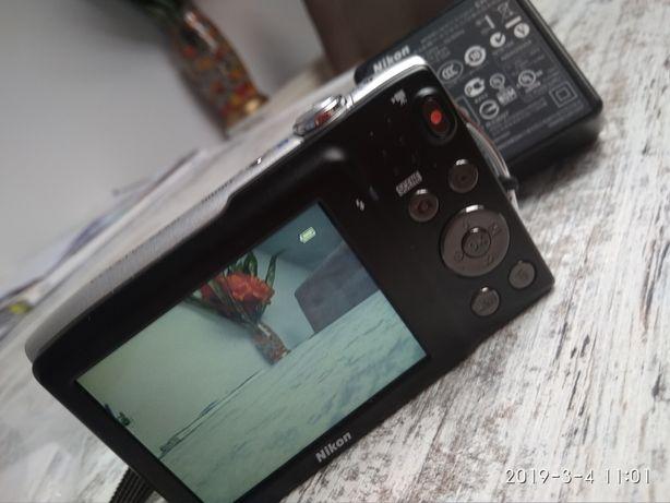 Sprzedam aparat fotograficzny Nikon Coolpix S3300