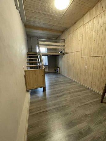 Продам двухуровневую квартиру студию в Центре с ремонтом. S5