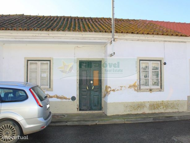 Moradia T2 - Azinhaga (Golegã)
