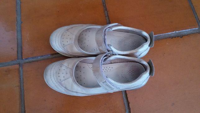 Sapato Menina Nº.32