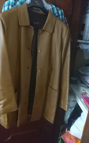 casacos em pele genuína XL e   pochete preto e dourado