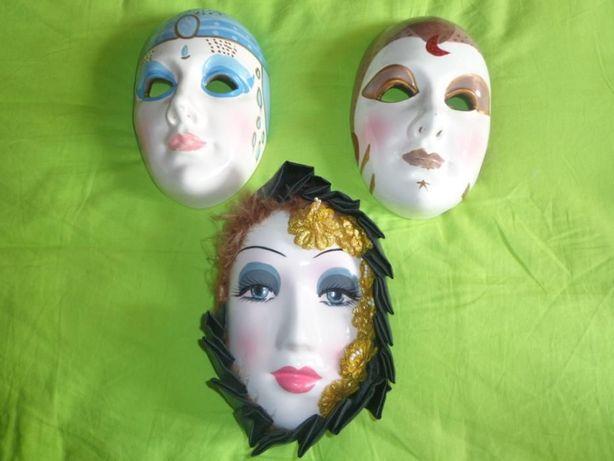 Máscaras em loiça