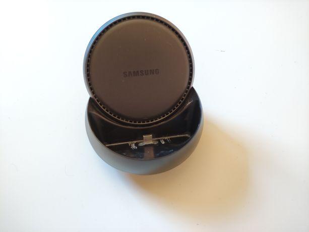 Samsung DEX - stacja dokujaca z zasilaczem