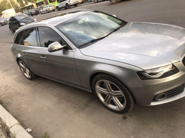 Продам Audi A4 B8 2009