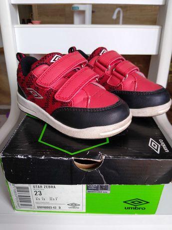 Buty dziecięce, adidasy UMBRO r. 23