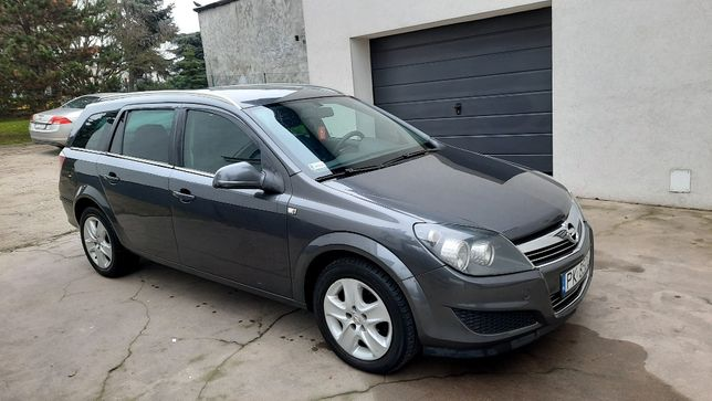 Opel Astra III a-h/sw, astra station wagon, rok 2011