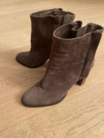 Новые ботинки Poletto