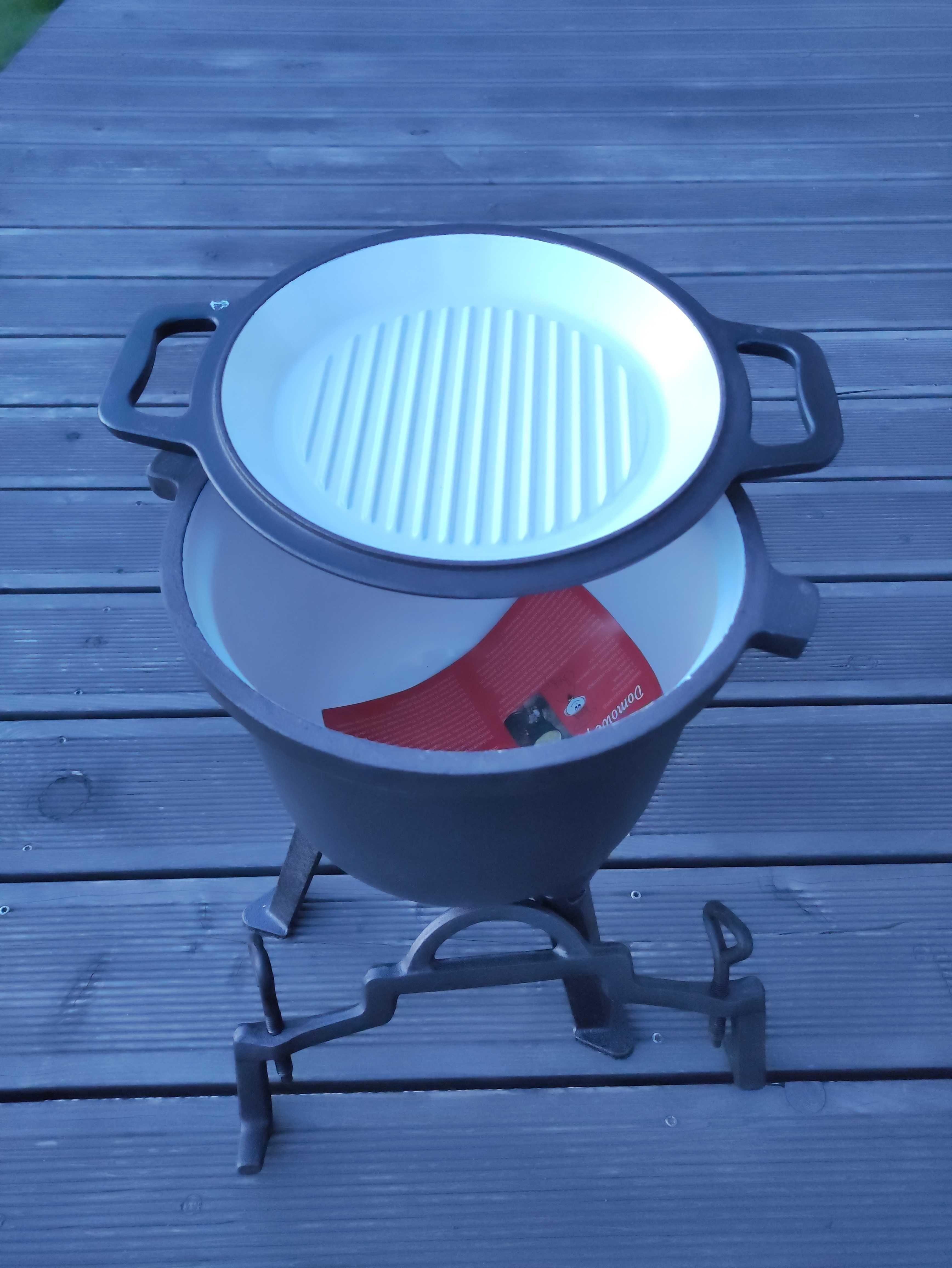 Kociołek żeliwny emaliowany z patelnią grillową 8 litrów