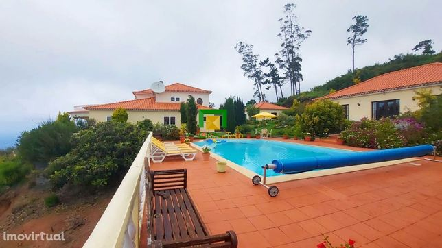 Quinta isolada com piscina, jacuzzi e vista mar única
