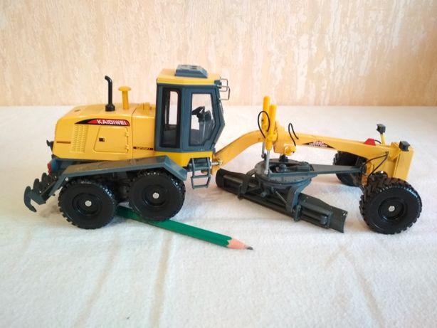 Трактор Грейдер 1:43 Строй. Техника 1:43 МЕТАЛЛ