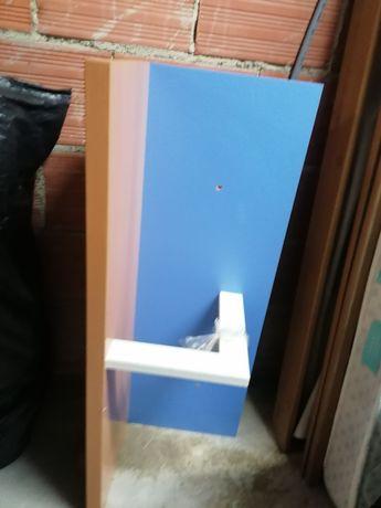 Prateleira castanho azul
