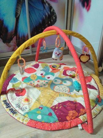 Продам детский коврик с дугами б/у в отличном состоянии