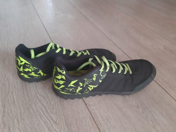 Buty piłkarskie KIPSTA Agility turfy piłka nożna twarda nawierzchnia