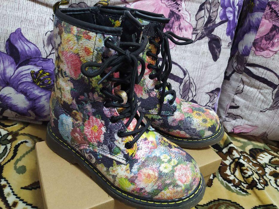 Продам ботинки демисезонные на девочку. Раздельная - изображение 1