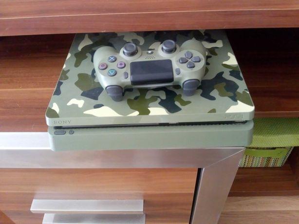 PlayStation 4    1T      como nova