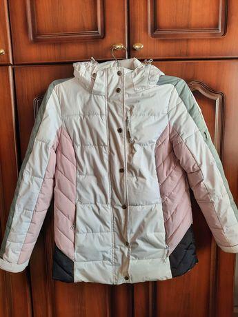 Зимняя спортивная куртка. Куртка для зимнего спорта. Зимняя куртка