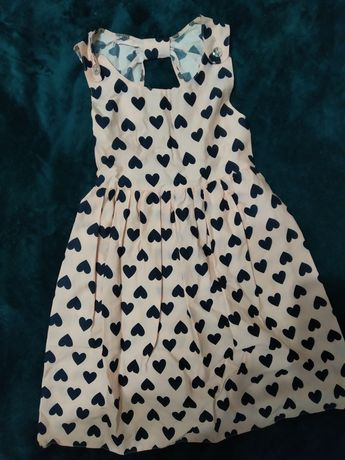 Платье розовое в сердечки хлопок на девочку 6-7лет рост 128см.