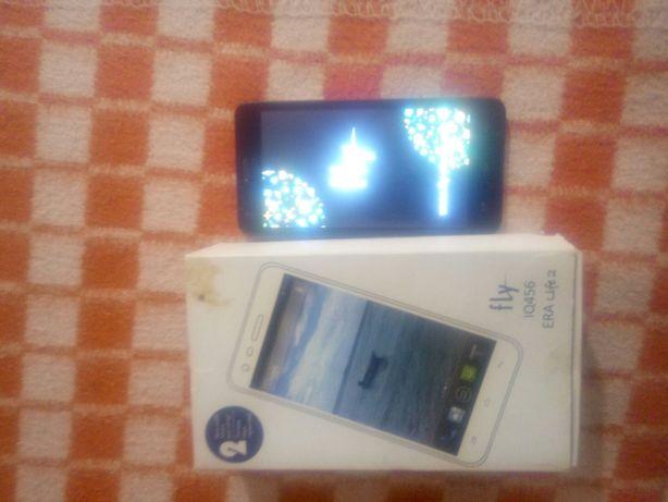 Продам смартфон (телефон) Fly IQ456