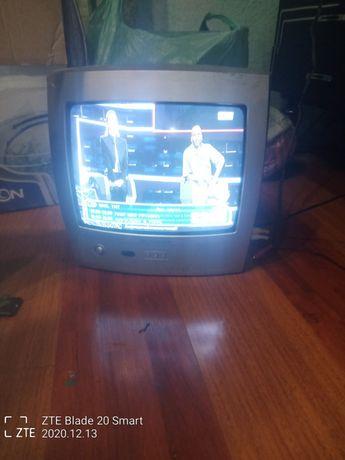 Телевізор  бу працюючий