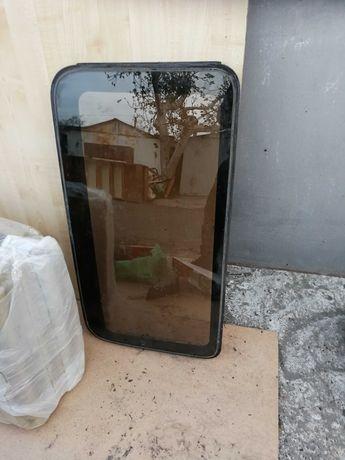 Продам стекло (люк). Toyota Carina E
