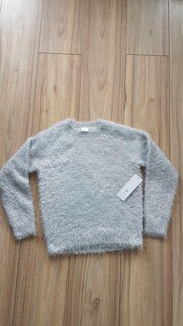 Sweterek włochaty F&F