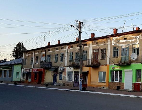 Продаж квартири - Лопатин (центр)