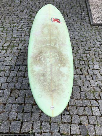 Prancha de surf 6,6 como nova