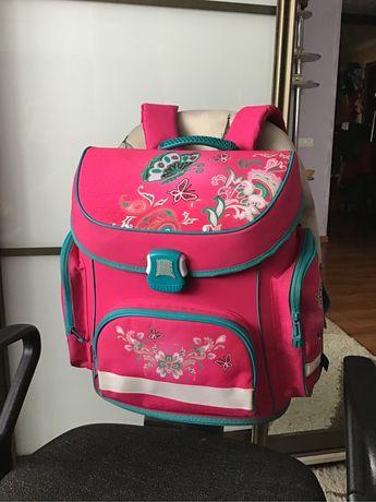 Школьный рюкзак девочке 1-4 класс