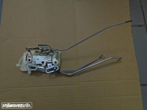 72152S9AG11 - Conjunto tranca porta frente esquerda - Honda CR-V (Novo/Original)