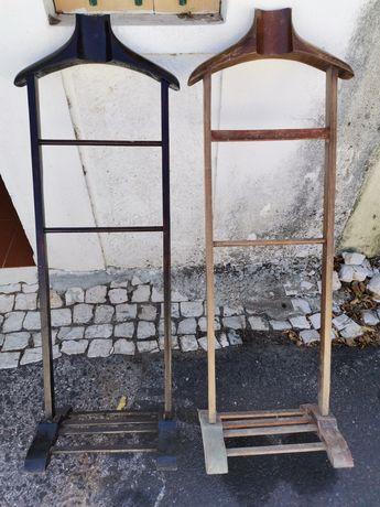 Cabide de pé antigo