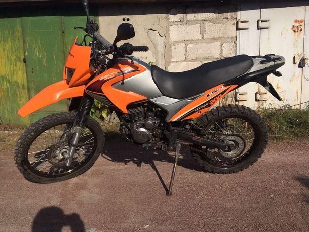 GEON X-ROAD 200, Мотоцикл
