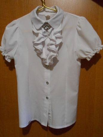 Белая блузка для девочки р.140