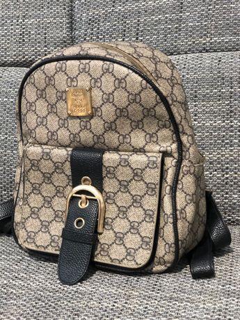 Продам рюкзак не большой