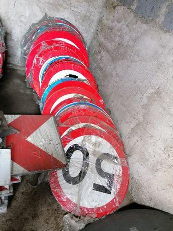 Znaki drogowe duża ilość
