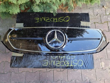 Mercedes Benz EQC решотка В НАЛИЧИИ