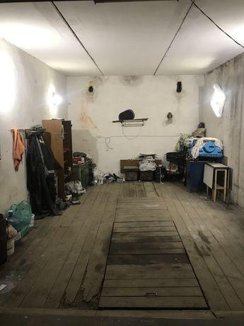 Гаражний бокс цегляний гараж